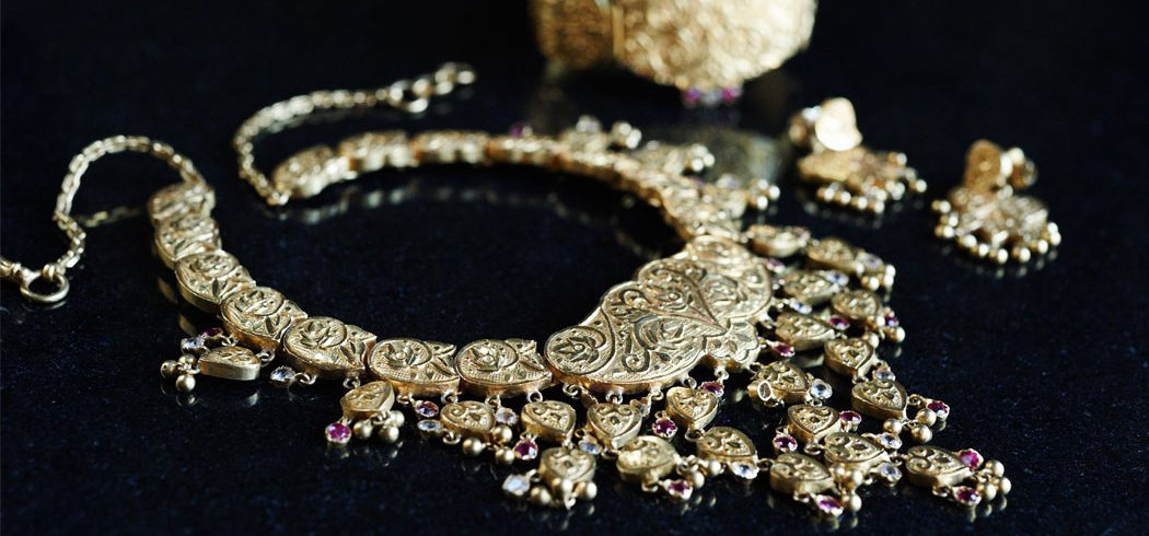 Bridal jewelry for traditional Indian wedding in Philadelphia, PA - Event Planner